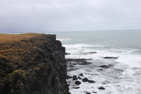Les falaises de Hellnar