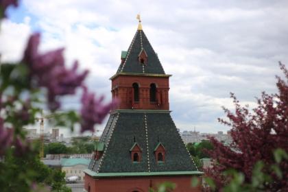 La Tour de Constantin-et-Hélène du Kremlin, Moscou