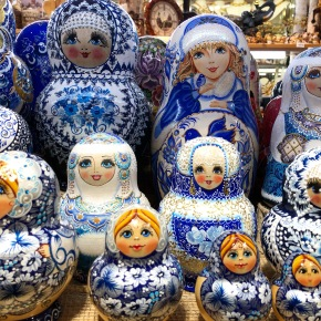Matriochka bleues (St Petersbourg)