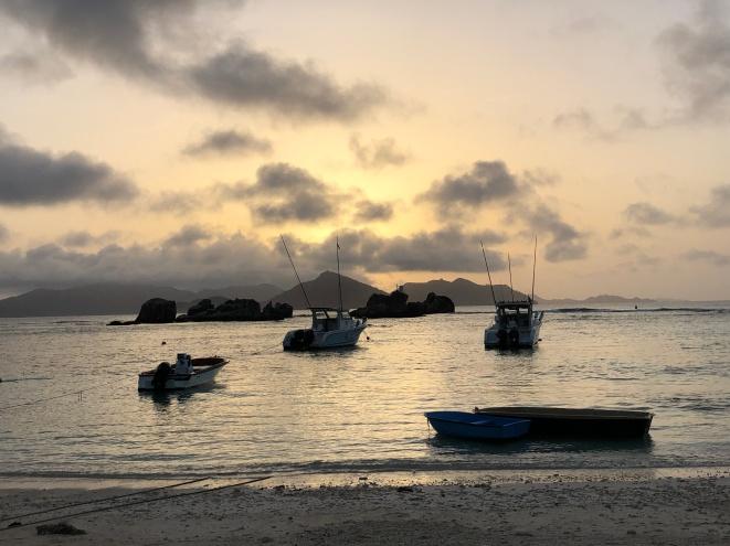 Couché de soleil - Port de la Digue
